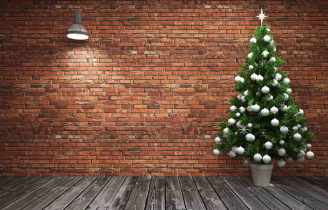Christmas tree with no gifts